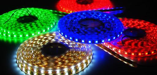 sử dụng đèn LED chiếu sáng